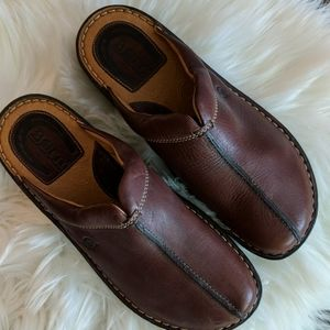 BORN Brown Pebble Leather Mule Clog Size 9
